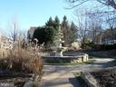 Community Fountain - 13409 RISING SUN LN, GERMANTOWN