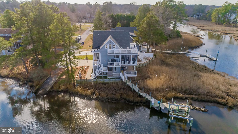 Single Family Homes pour l Vente à Ocean View, Delaware 19970 États-Unis