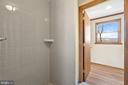 shows shower & door to hallway - 19100 AIRMONT RD., PURCELLVILLE