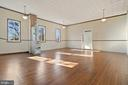 so much room here - 19100 AIRMONT RD., PURCELLVILLE