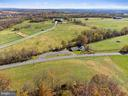 large parking lot on left side - 19100 AIRMONT RD., PURCELLVILLE