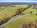 surrounded by farms - 19100 AIRMONT RD., PURCELLVILLE