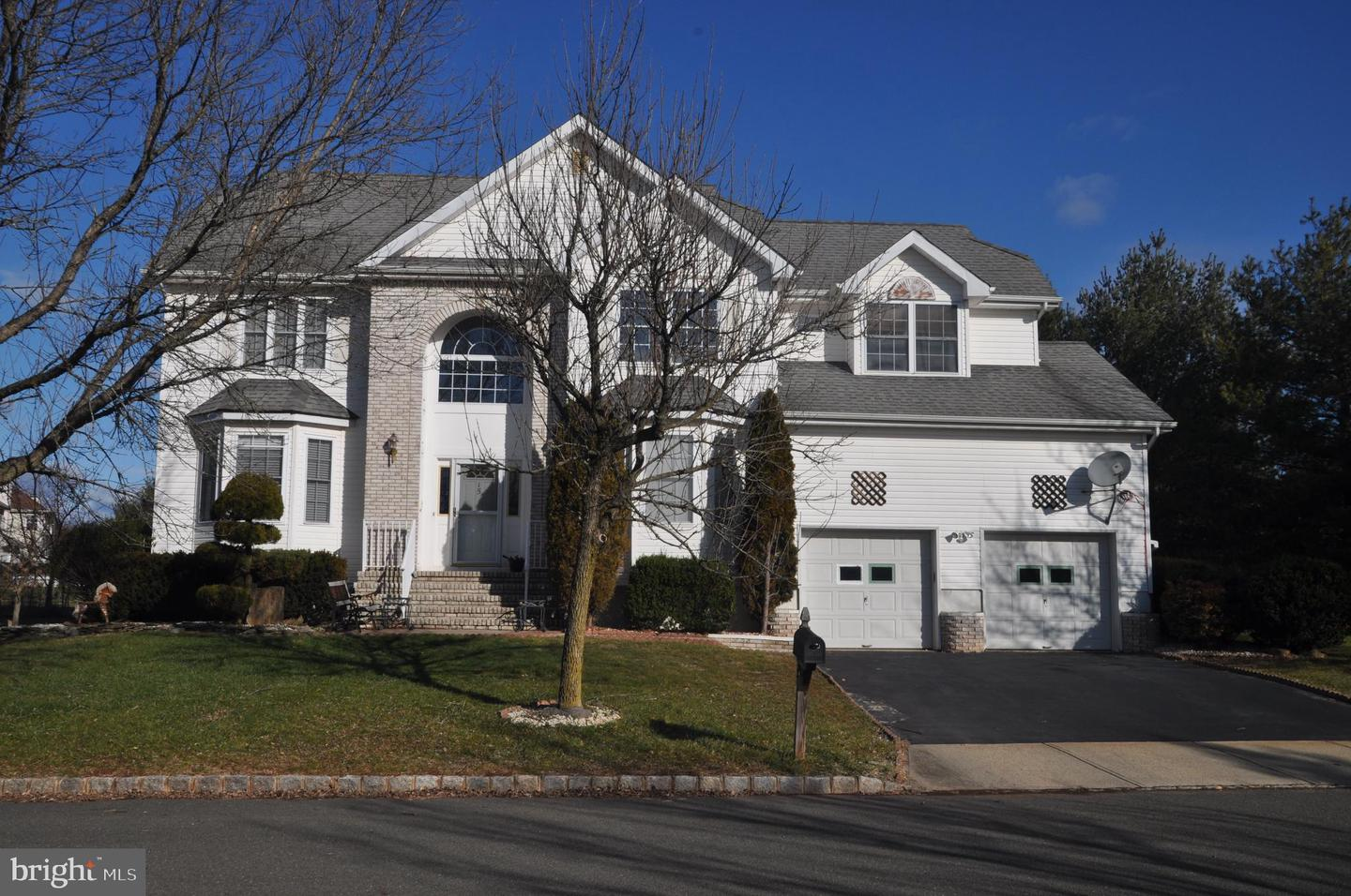 Single Family Homes for Sale at 15 MCPHERSON Lane Belle Mead, New Jersey 08502 United States