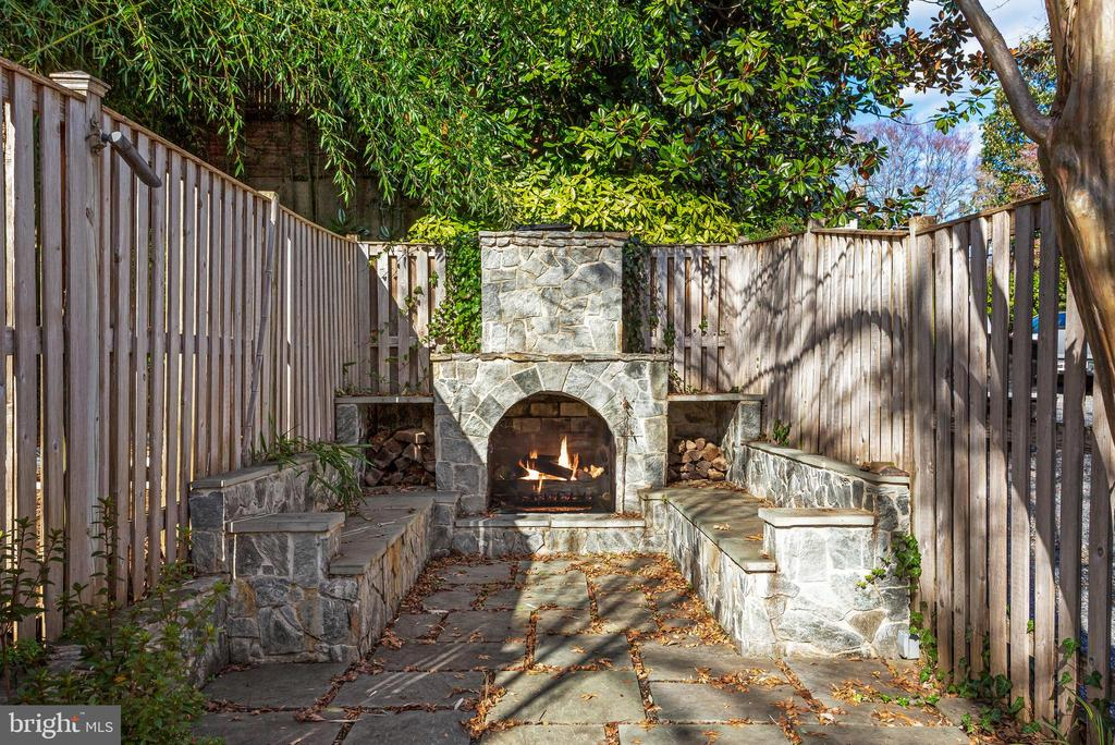 Rear Terrace with Built-In Seating and Fireplace - 3053 Q ST NW, WASHINGTON