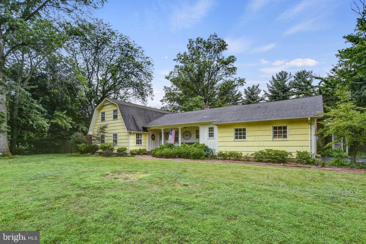 Additional photo for property listing at 2 MERRITT Lane Rocky Hill, New Jersey 08553 United States