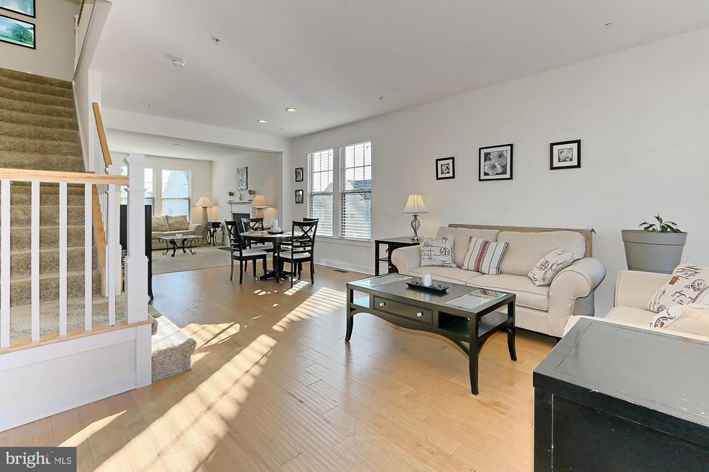 Living Room - 2451 CONQUEROR CT, DUMFRIES
