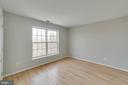 One of the 5 upper level bedrooms - 21072 CARTHAGENA CT, ASHBURN