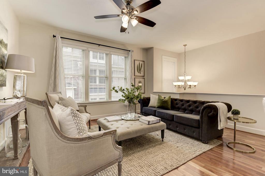 Living room - 2541 S KENMORE CT, ARLINGTON