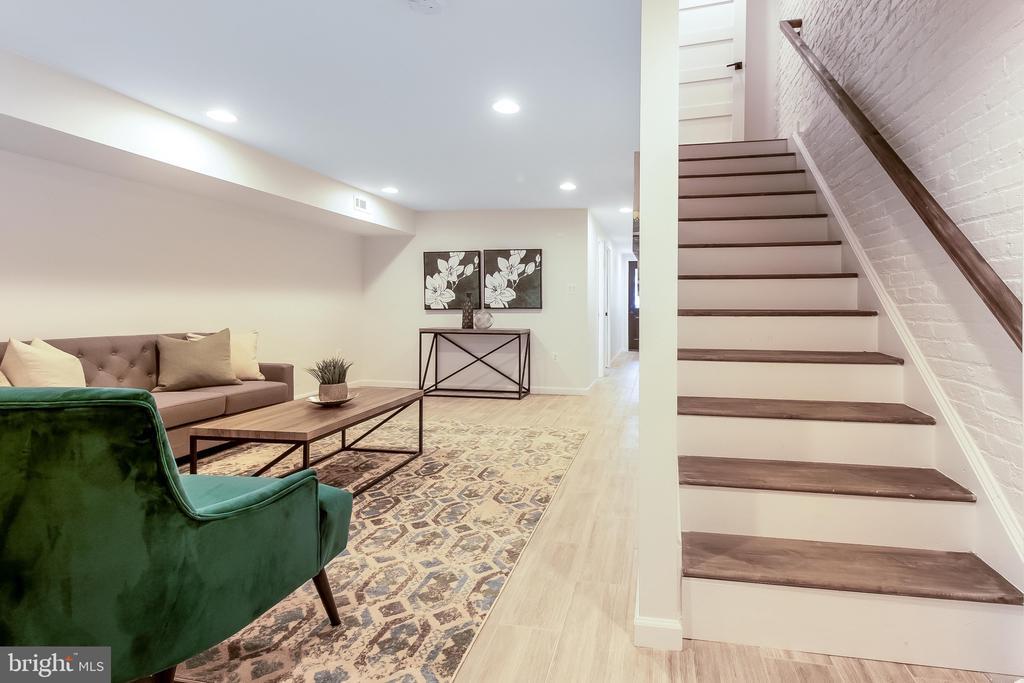 basement living area - 2118 N CAPITOL ST NW, WASHINGTON