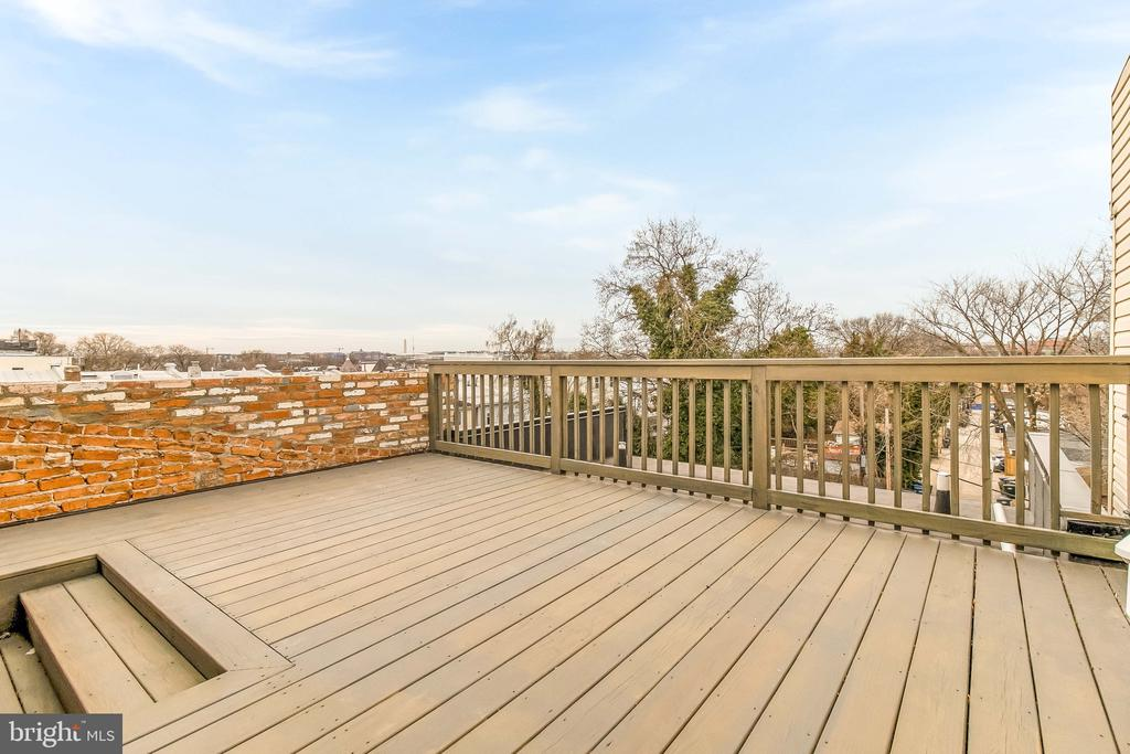roof deck - 2118 N CAPITOL ST NW, WASHINGTON