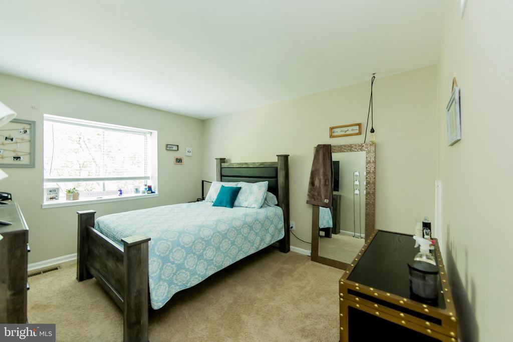 - 4548 CONWELL DR #237, ANNANDALE