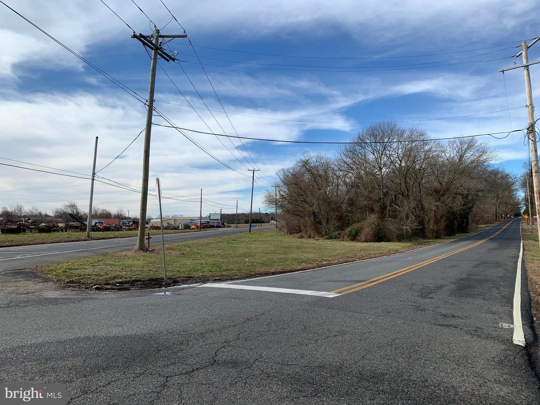 Property 為 出售 在 Pittsgrove, 新澤西州 08318 美國