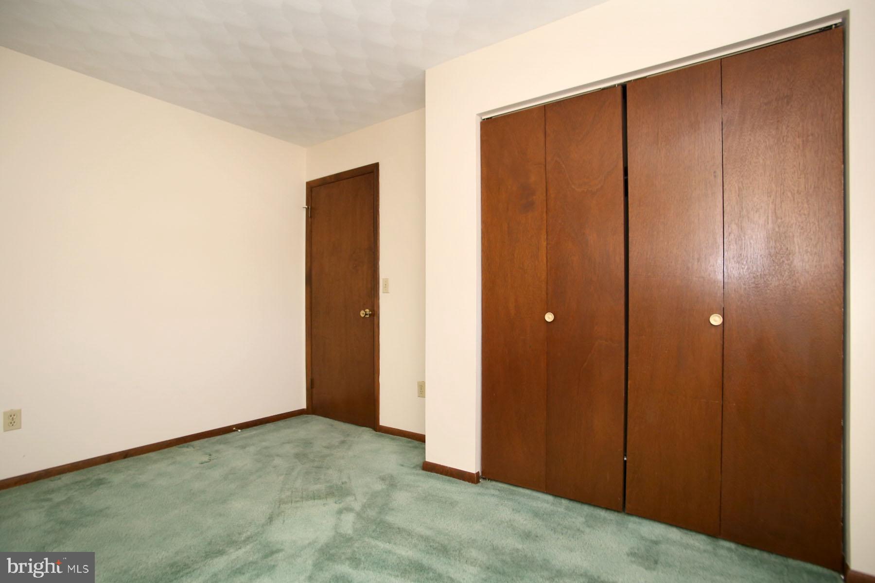 Bedroom 3 with double door closet