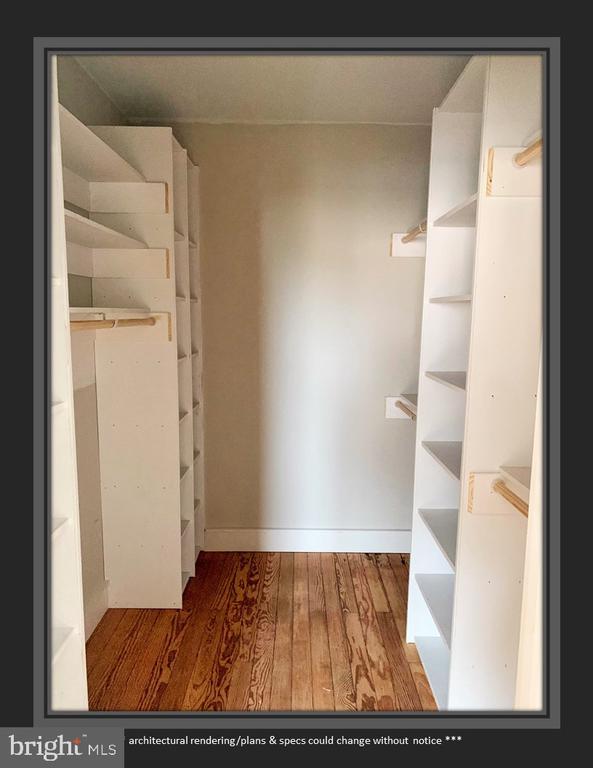 Custom Built Closet in BR 3 - 812 WEEDON ST, FREDERICKSBURG
