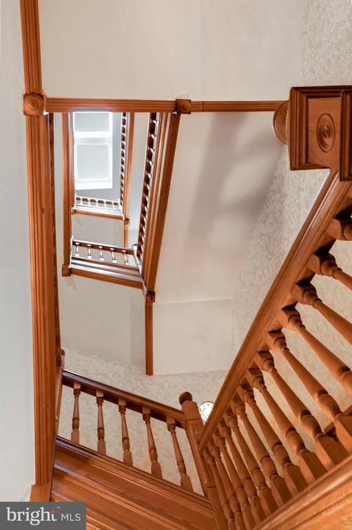 Beautiful staircase - 116 E CHURCH ST, FREDERICK