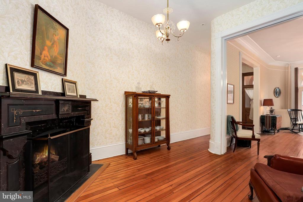 Second parlor - 116 E CHURCH ST, FREDERICK