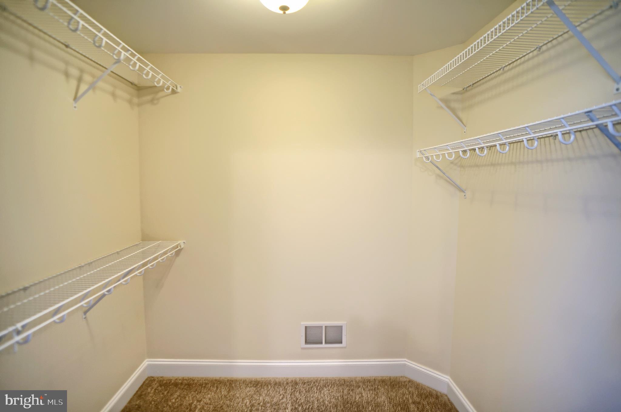 Master bedroom - 2nd floor walk in closet