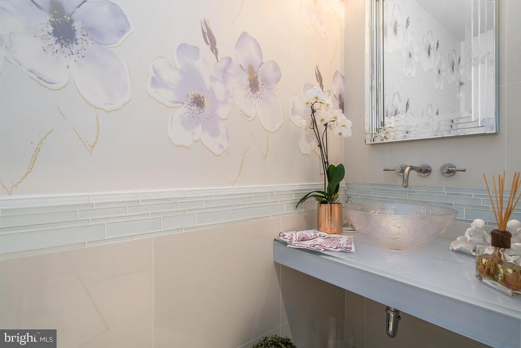 Hallway Half Bath - 5750 BOU AVE #1809, ROCKVILLE