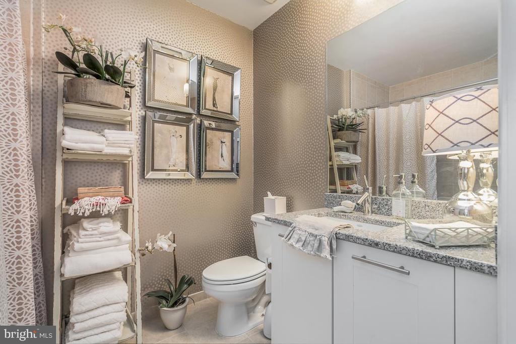 Full Bathroom - 5750 BOU AVE #1809, ROCKVILLE