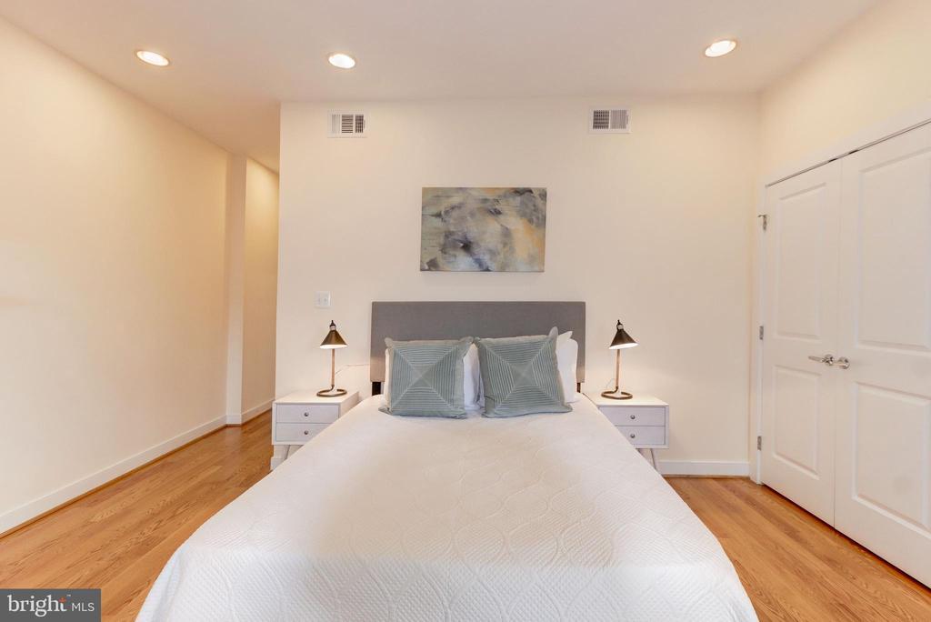 Master Bedroom - 2516 17TH ST NW #3, WASHINGTON
