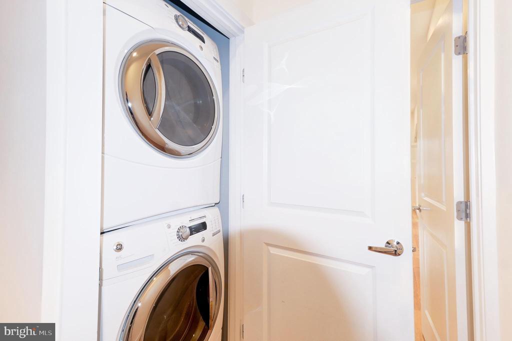 Washer/Dryer - 2516 17TH ST NW #3, WASHINGTON