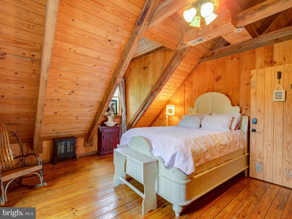 Bedroom 2 - 36847 STONY POINT RD, HILLSBORO
