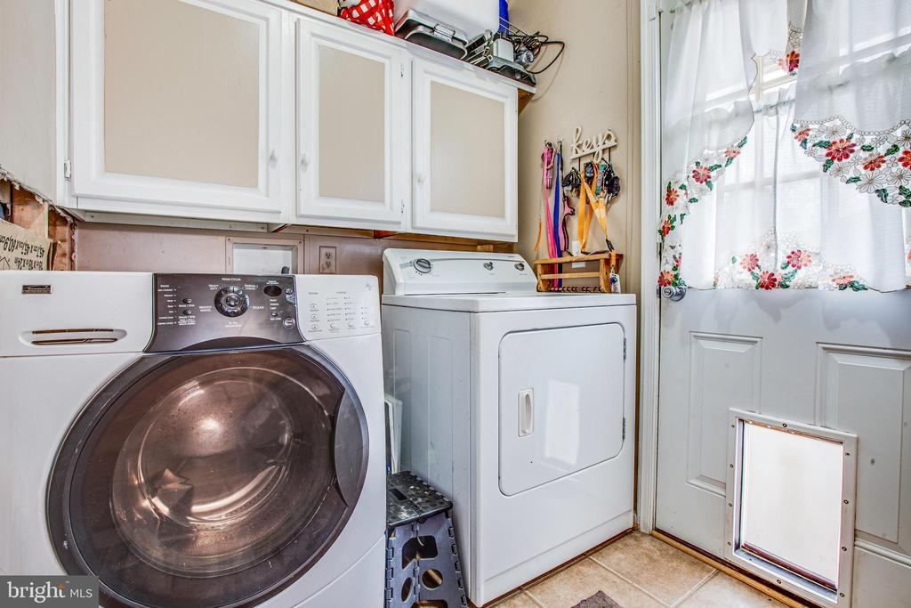 Laundry with side access - 873 JOHNSON RD, MINERAL