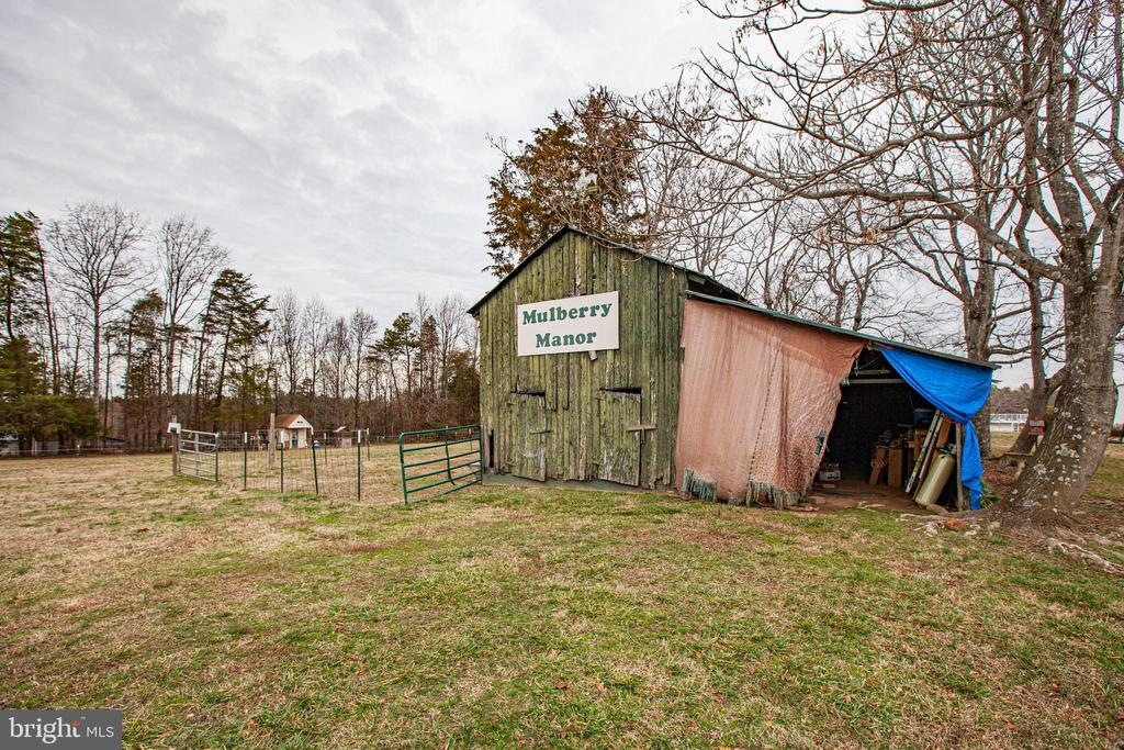 Barn/Storage - 873 JOHNSON RD, MINERAL