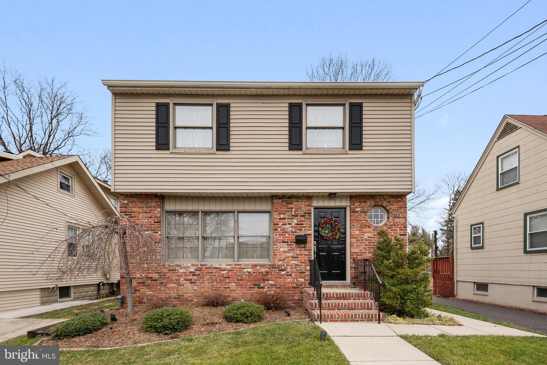 Single Family Homes للـ Sale في Oaklyn, New Jersey 08107 United States