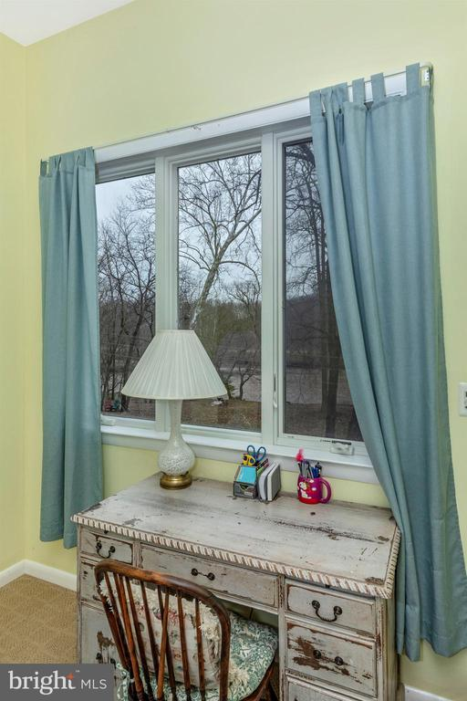 There is a view from every room! - 2180 S CRISSFORD RD, ADAMSTOWN