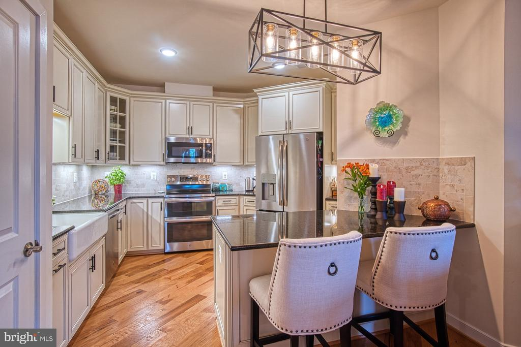 Stunning Gourmet Kitchen - 43095 WYNRIDGE DR #406, BROADLANDS