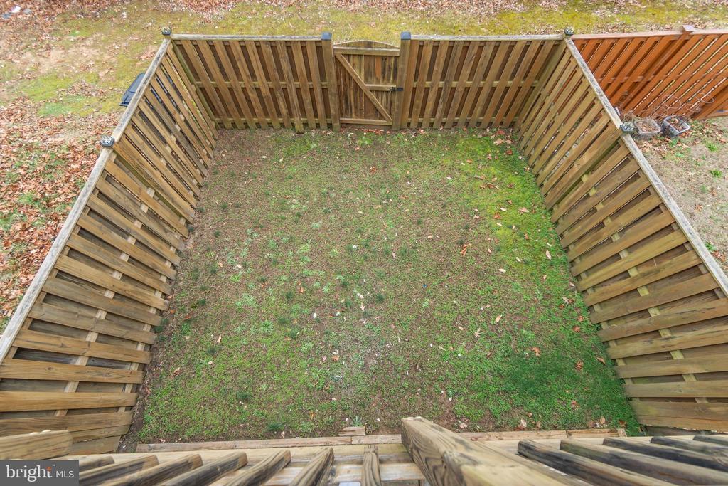 Backyard Overhead View - 109 HILLSIDE CT, STAFFORD