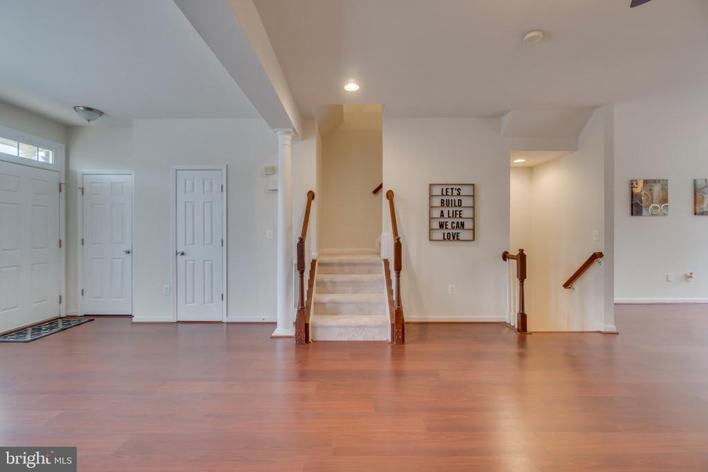 Staircase to Upper & Lower Levels - 109 HILLSIDE CT, STAFFORD