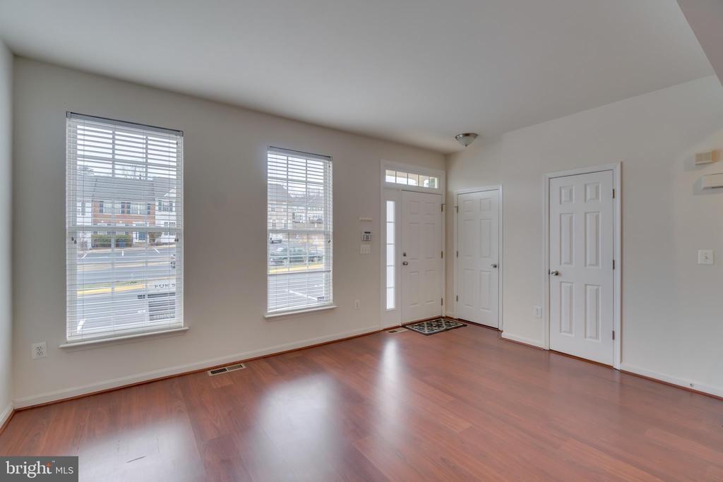Main Entry to Family Room-Powder Room Door - 109 HILLSIDE CT, STAFFORD