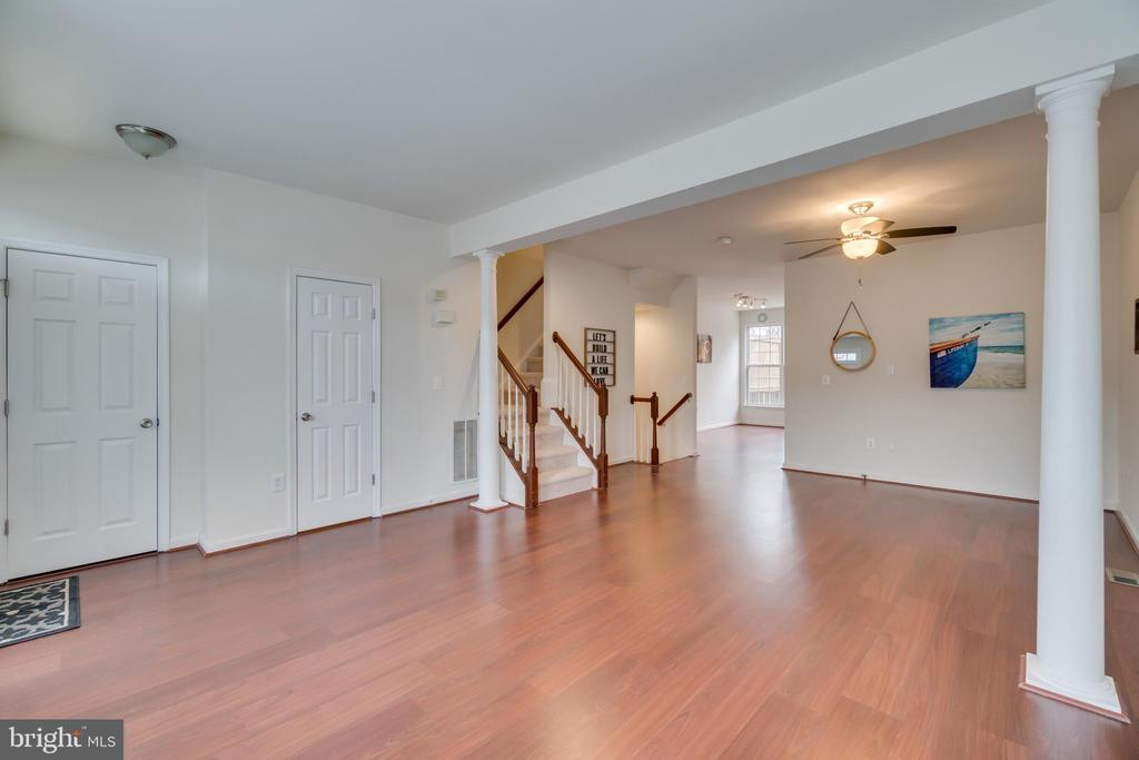 Family Room and Dining Room Open Concept - 109 HILLSIDE CT, STAFFORD