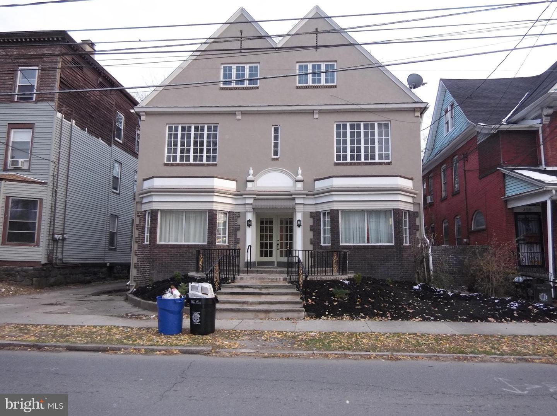 Quadraplex für Verkauf beim Wilkes Barre, Pennsylvanien 18703 Vereinigte Staaten