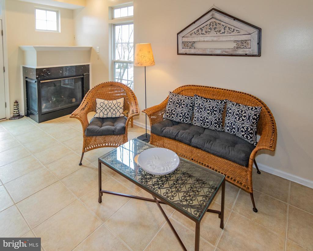 Sitting Area - 416 PHELPS ST, GAITHERSBURG