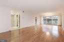 Living room Dining Room Combo 28' long! - 3031 BORGE ST #310, OAKTON