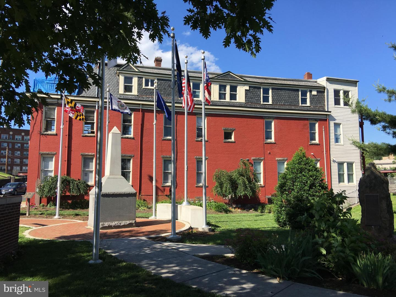 Single Family Homes pour l Vente à Cumberland, Maryland 21502 États-Unis