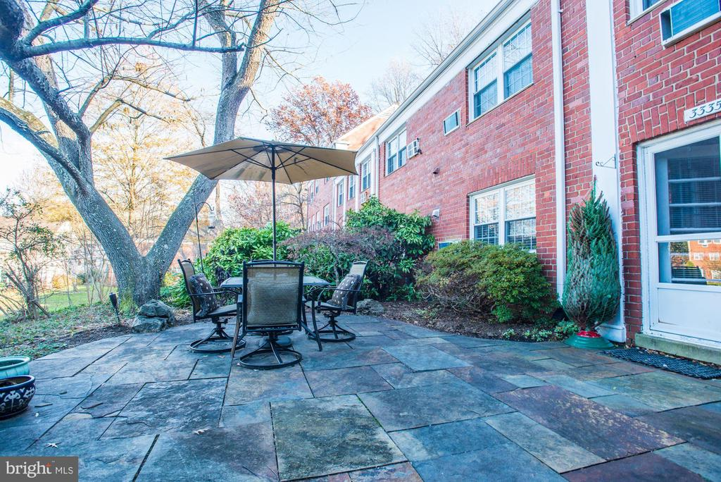 Private Patio is Located Right Off Living Room! - 3335 MARTHA CUSTIS DR, ALEXANDRIA