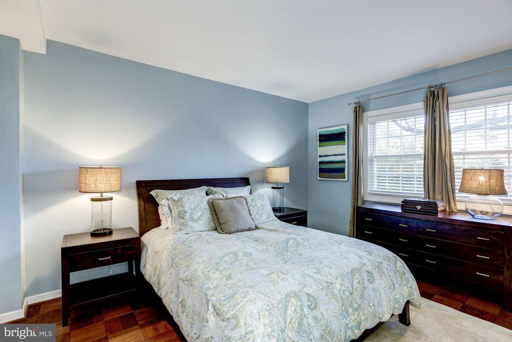 Bedroom - Hardwood Floors! - 3335 MARTHA CUSTIS DR, ALEXANDRIA