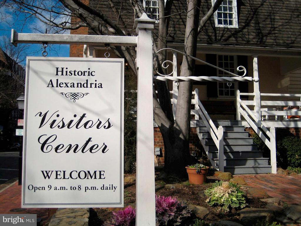 Community - Old Town, Alexandria - 3335 MARTHA CUSTIS DR, ALEXANDRIA