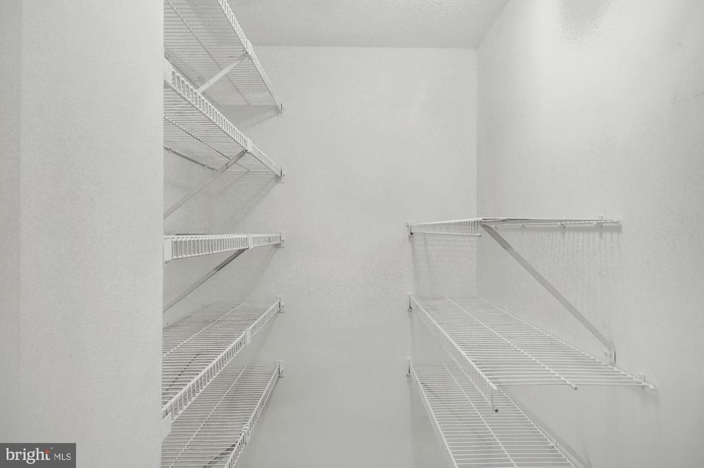 Closet - 21 WILLOW SPRING CT, GERMANTOWN