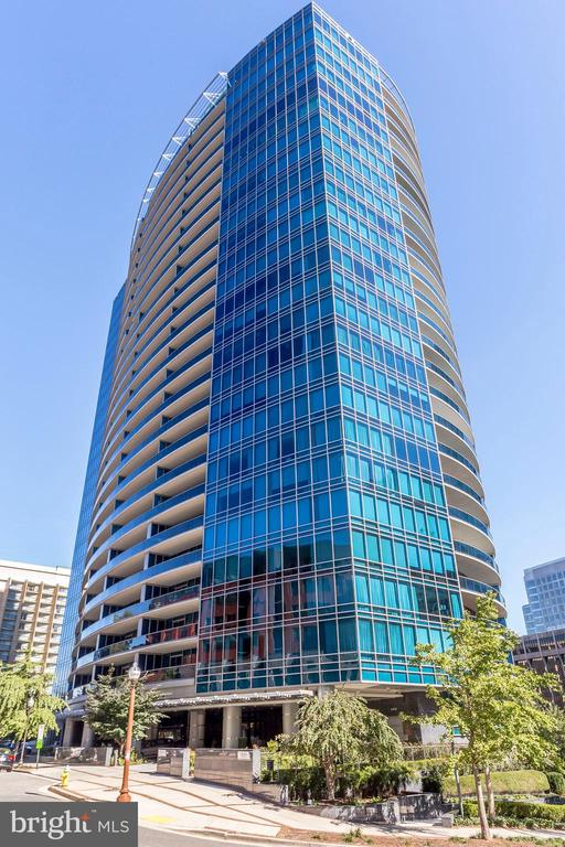 Turnberry Tower - exquisite 26-story jewel - 1881 N NASH ST #2309, ARLINGTON