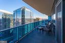 Private Balcony w/Great Room access - 1881 N NASH ST #2309, ARLINGTON