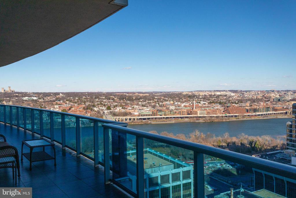 Potomac River and Georgetown views - 1881 N NASH ST #2309, ARLINGTON