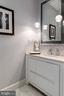 Foyer Half bathroom - 1881 N NASH ST #2309, ARLINGTON