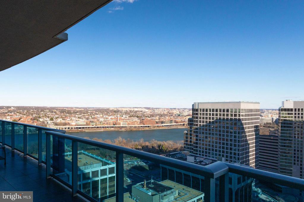 Potomac River and Georgetown views - 1881 N NASH ST #2309, ARLINGTON