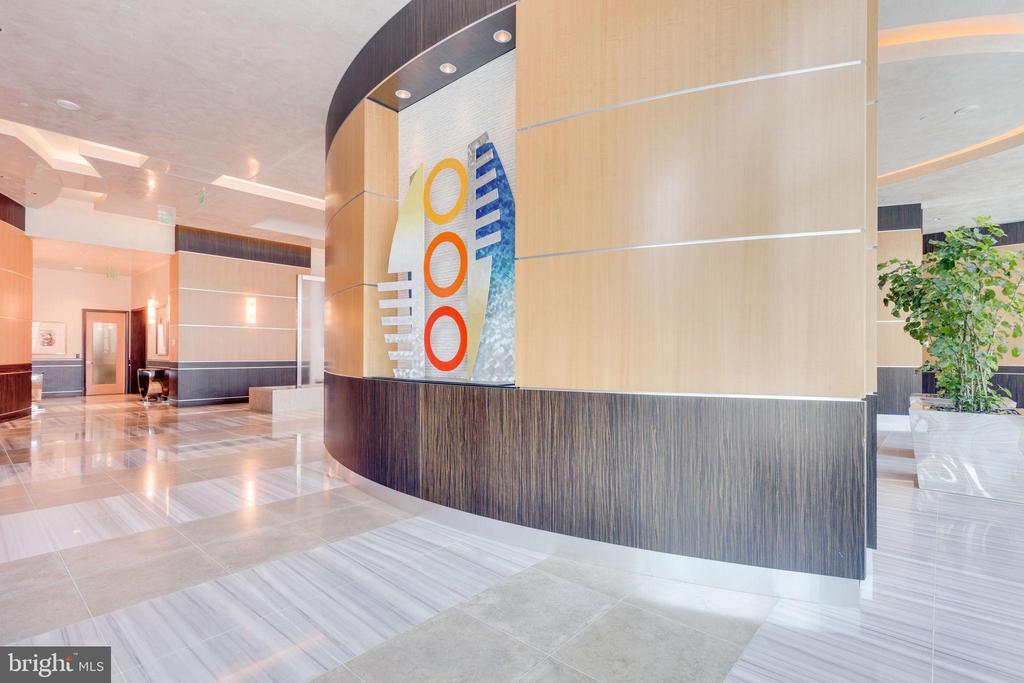 Community Main Lobby - 1881 N NASH ST #2309, ARLINGTON