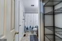 Walk into Main floor master bath, great storage - 5 BREEZY HILL DR, STAFFORD